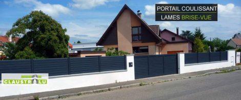 maison design avec portail et clôture