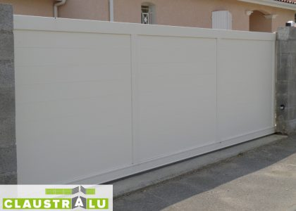 Portail Coulissants Blanc RAL 9010